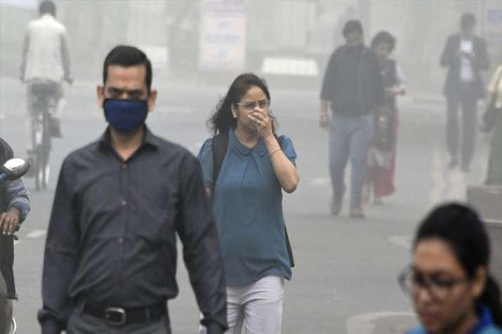 दिल्ली में बच्चे से लेकर बूढ़े तक रोजाना पी रहे 7 सिगरेट!- India TV