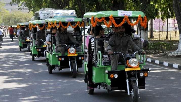 E Rickshaw- IndiaTV Paisa