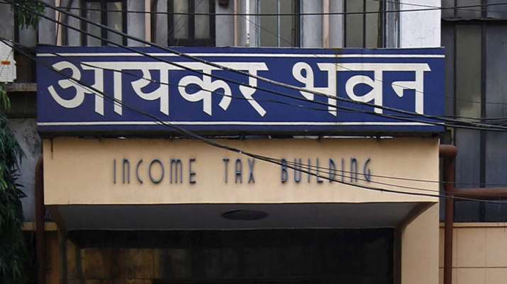 Govt gets more than Rs 6400 crore as over 2 lakh non-filers filed ITR in FY18- India TV Paisa