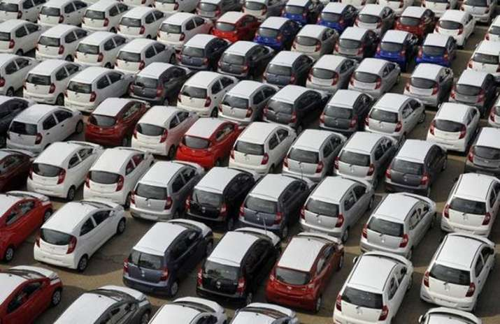 July auto sale rise 8 percent with 30 percent growth in commercial vehicle segment- IndiaTV Paisa