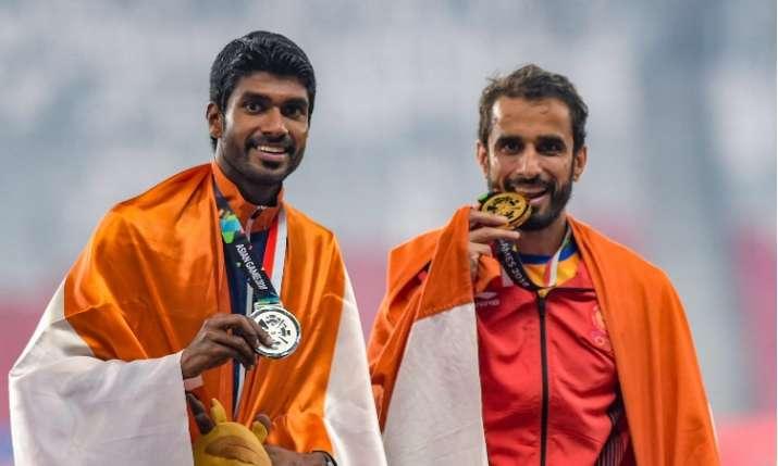 भरतीय धावक मंजीत सिंह और जिनसन जॉनसन- India TV