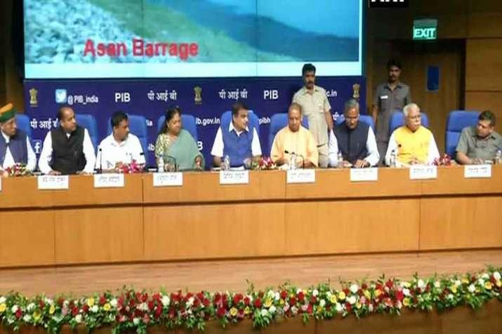 जल संसाधन मंत्रालय ने छह राज्यों के साथ लखवाड़ परियोजना पर किया करार, खत्म करेगी पानी की बड़ी समस्या- India TV