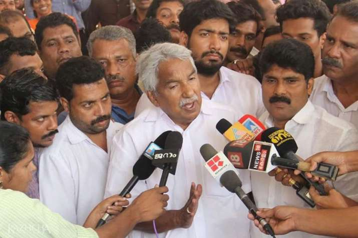 Kerala government's glaring omission led to flood tragedy, says Former CM Oommen Chandy- India TV