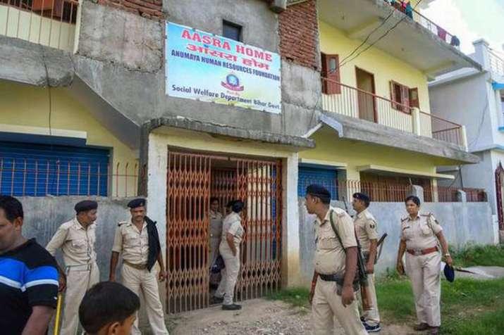 पटना: बालिका गृह में एक लड़की सहित दो महिलाओं की संदिग्ध मौत, शेल्टर होम संचालक सहित दो गिरफ्तार- India TV