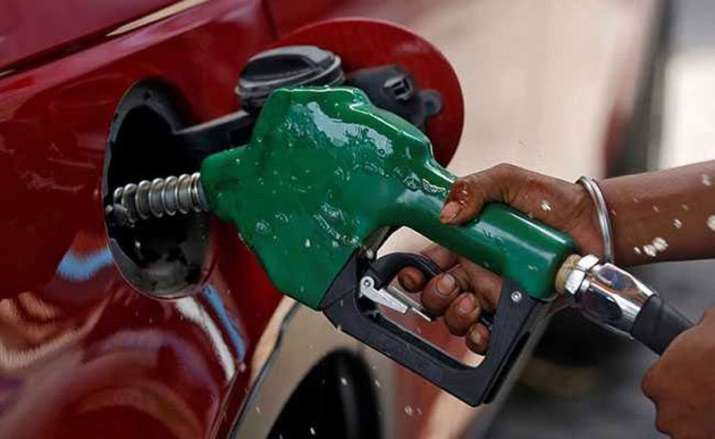 Petrol price rose to 2 month high on Friday despite low crude oil prices- India TV Paisa