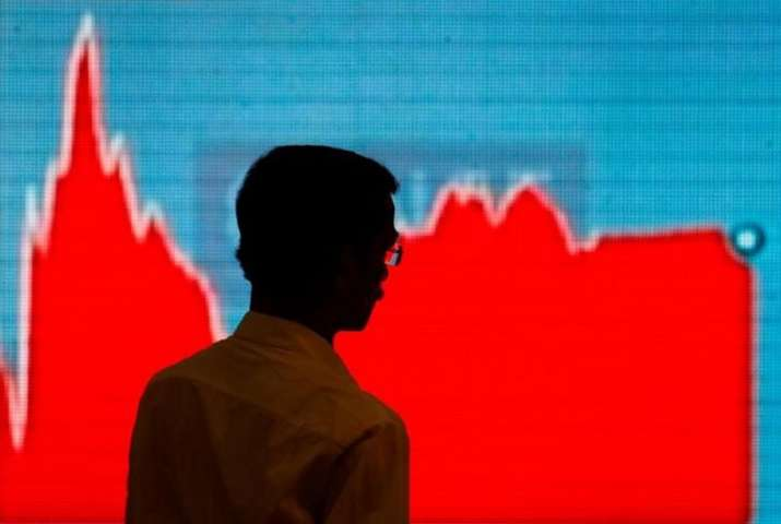 Sensex and Nifty falls on Monday with gain in IT and Pharma stock- India TV Paisa