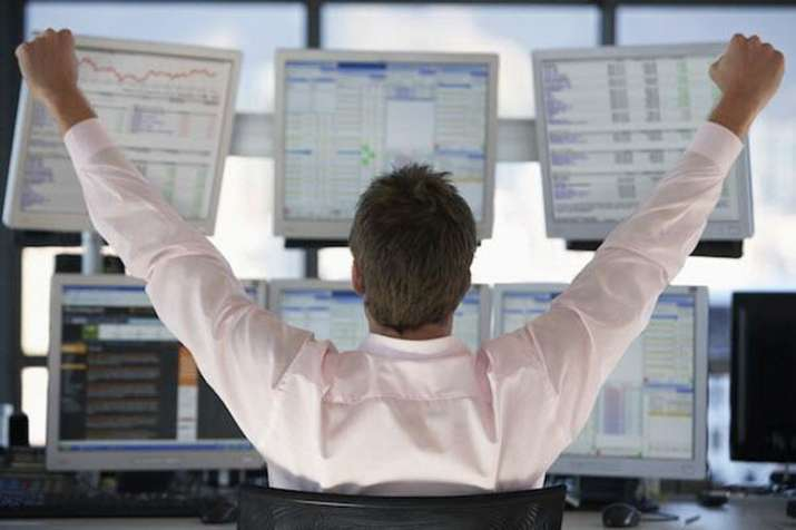 Stock Market at new high, Sensex surpasses 38500 on Monday- India TV Paisa