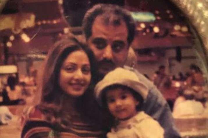 Sridevi, Boney Kapoor, Janhvi kapoor- India TV
