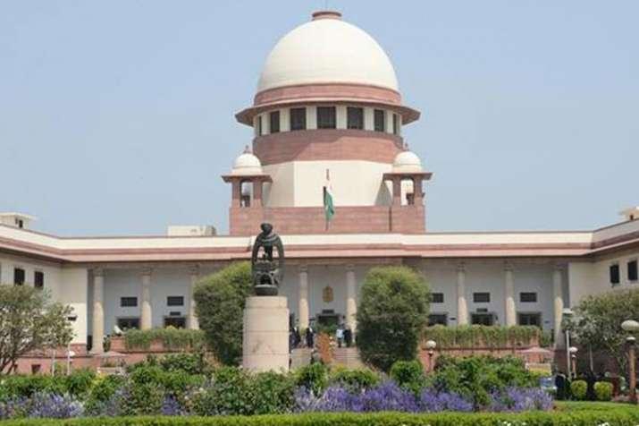 जम्मू-कश्मीर सरकार ने उच्चतम न्यायालय में अनुच्छेद 35ए की सुनवाई स्थगित करने की मांग की- India TV