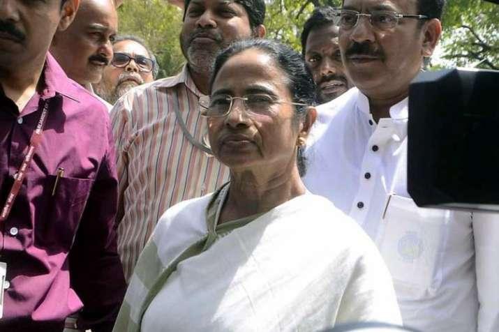 NRC Mamata Banerjee accuses BJP-RSS of spreading...- India TV
