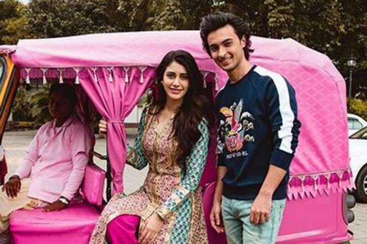 Warina Hussain, Aayush Sharma- India TV