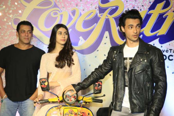 लव रात्रि- India TV