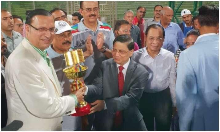 विजेता टीम को जीत की...- India TV