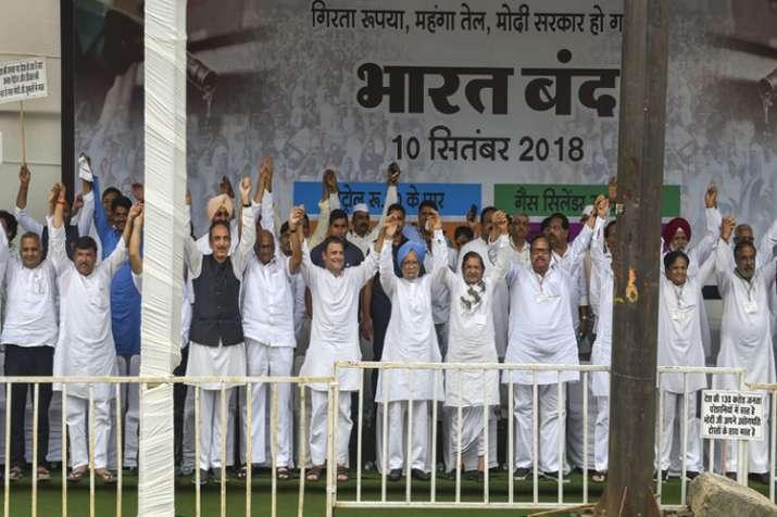 Former Congress president Sonia Gandhi, former Prime...- India TV