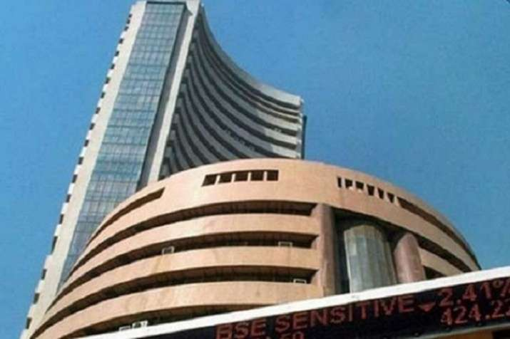 Sensex and Nifty recovers from day's low- IndiaTV Paisa