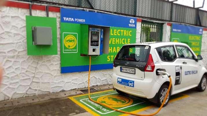 charging station- India TV Paisa