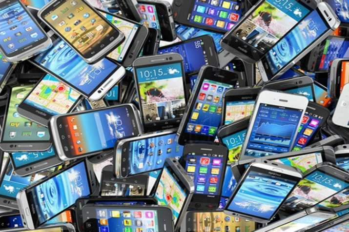 Govt likely to impose some tariffs on mobile handset components mainly imported from China- India TV Paisa