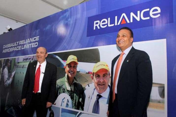 ओलांद के बयान को दसॉल्ट ने नकारा, कहा-राफेल सौदे के लिए रिलायंस को अपनी मर्जी से चुना- India TV