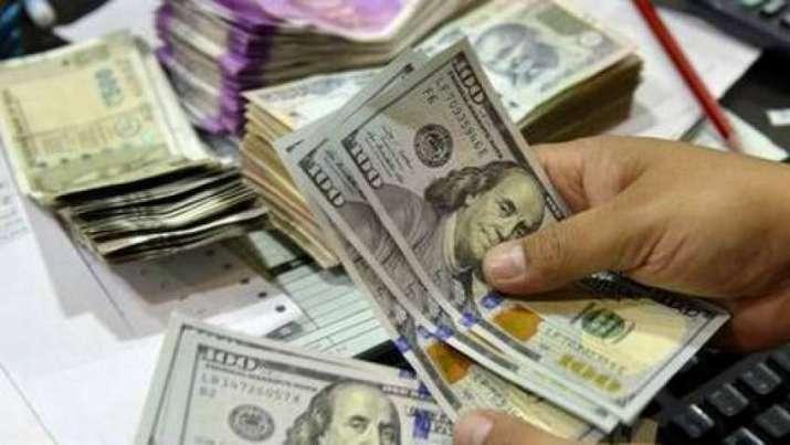 Dollar Rupees- India TV Paisa