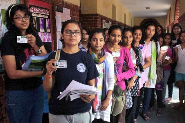DUSU Polls 2018: उम्मीदवारों की किस्मत का फैसला आज, मतदान में डेढ़ लाख छात्र-छात्राएं लेंगे भाग- India TV