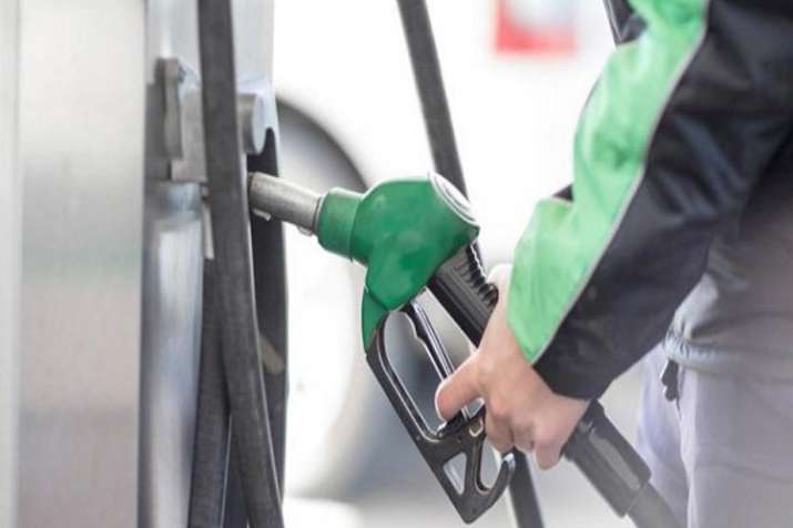 Karnataka cuts petrol and diesel prices by Rs 2 on Monday- India TV Paisa