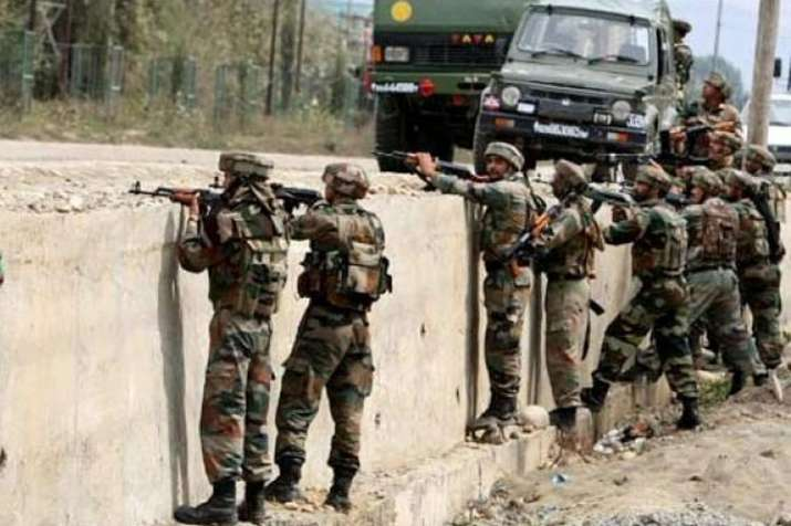One cop martyred in grenade attack on police station by militants in J&K's Shopian- India TV