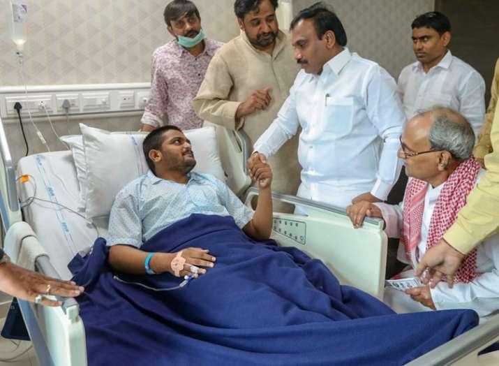 पाटीदार नेता हार्दिक...- India TV