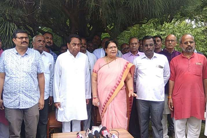 Madhya Pradesh Social Welfare Board Chief Padma Shukla...- India TV