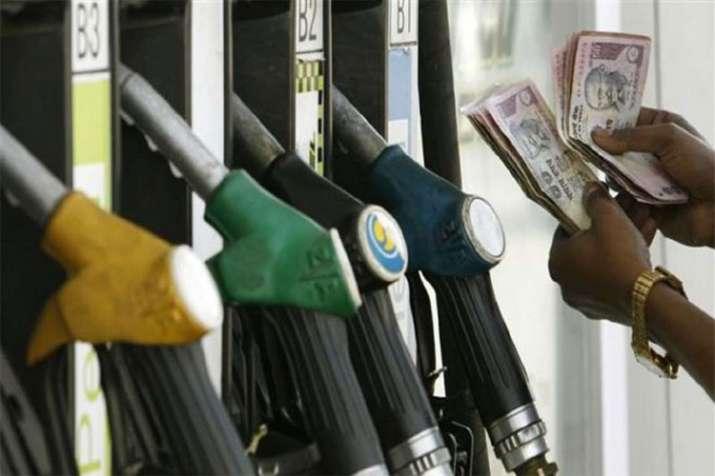 Petrol Price rose to Rs 88 per litre in Mumbai on Monday- India TV Paisa