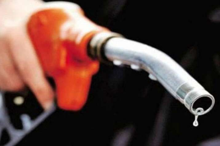 Petrol price in Ghaziabad and Noida are less in comparison to Delhi and Gurugram- India TV Paisa