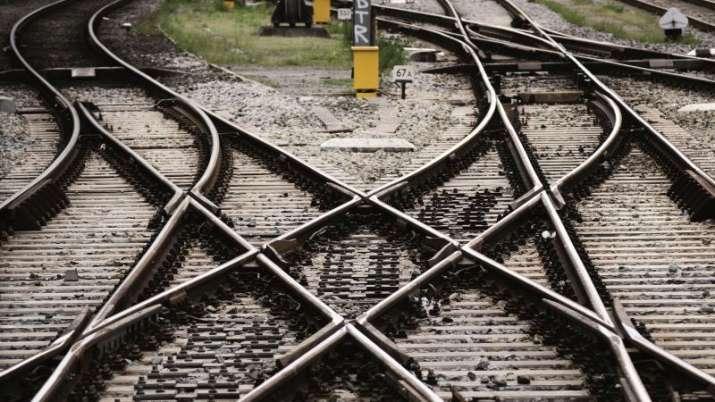 Rail Line- India TV Paisa