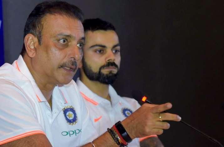 रवि शास्त्री और...- India TV