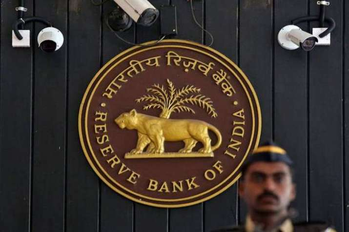RBI likely to rise interest rates again during ongoing financial year says 40 percent CII companies- India TV Paisa