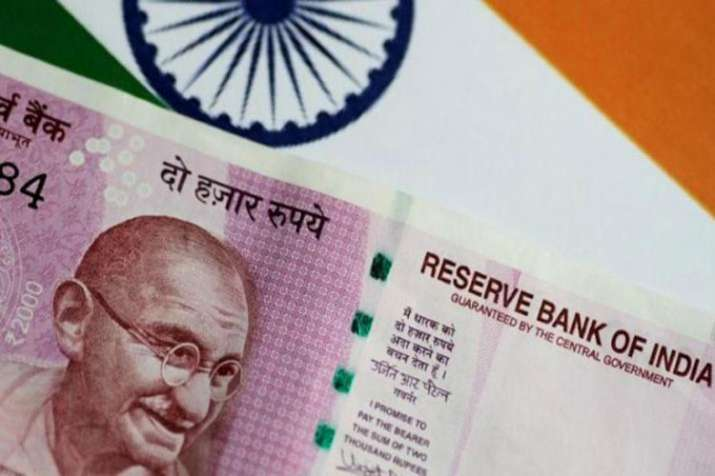 Rupee corrects to new low after positive start on Wednesday- India TV Paisa