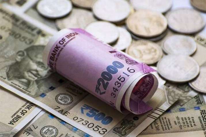Rupee falls to new low against Dollar on Tuesday- India TV Paisa