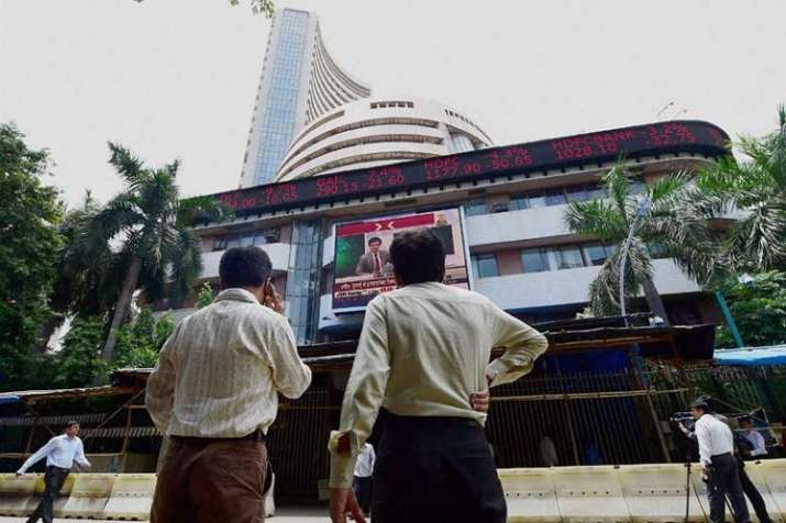 Sensex and Nifty closes with strength after heavy intraday volatility- India TV Paisa