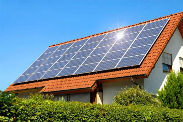 Delhi cabinet approves rooftop solar power for housing societies- India TV Paisa