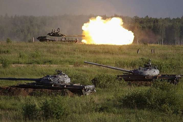 Russia launches largest military drill since Cold War with more than 3 lakh soldiers | AP- India TV