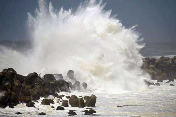 Typhoon Trami causes chaos in Japan as it marches toward mainland | AP- India TV