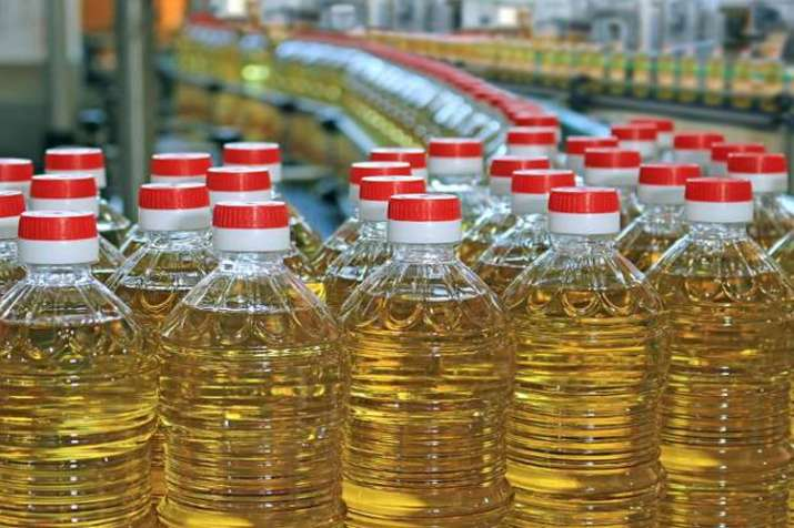 India vegetable oil import rose to 11 months high in August in rising palm oil shipments - India TV Paisa