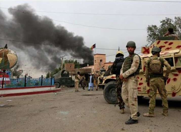 तालिबान ने नाटो काफिले को बनाया निशाना, दो नागरिकों की मौत- India TV