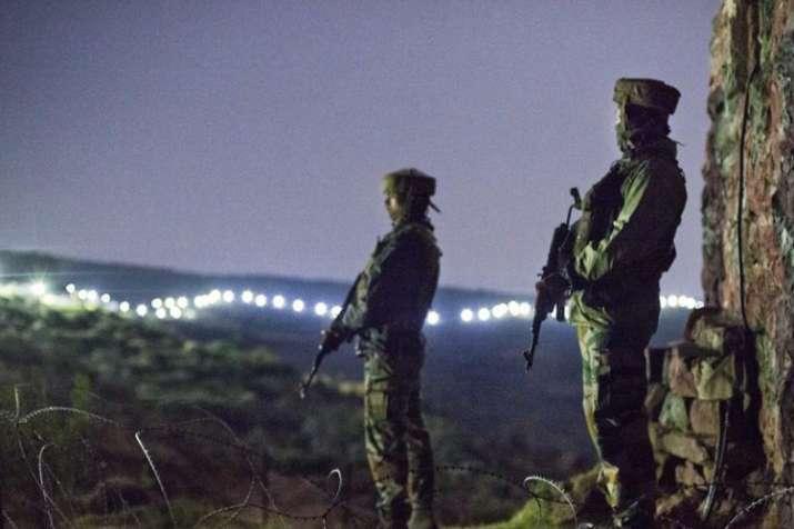 नियंत्रण रेखा पर सुरक्षा हालात 'नाजुक': सेना- India TV
