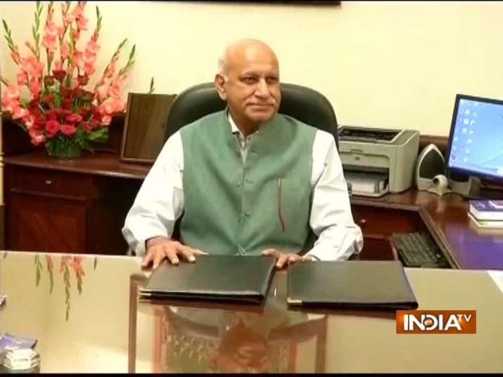 MJ Akbar Resigns- India TV