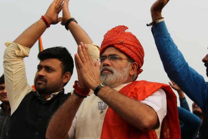...जब यूपी कांग्रेस मुख्यालय में आचानक पहुंचे 'मोदी'!- India TV