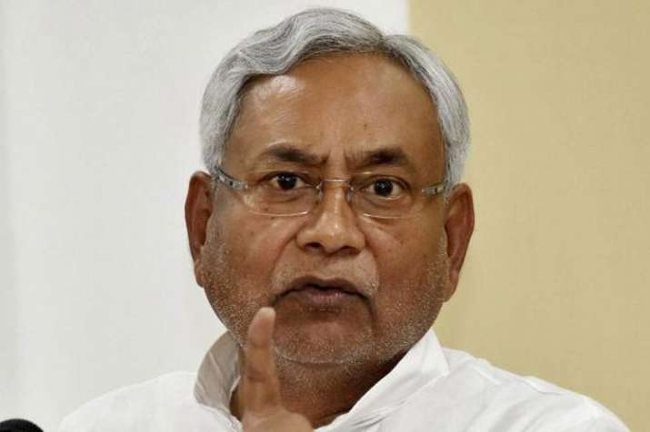 Slipper hurled at Bihar CM Nitish Kumar in JDU function- India TV