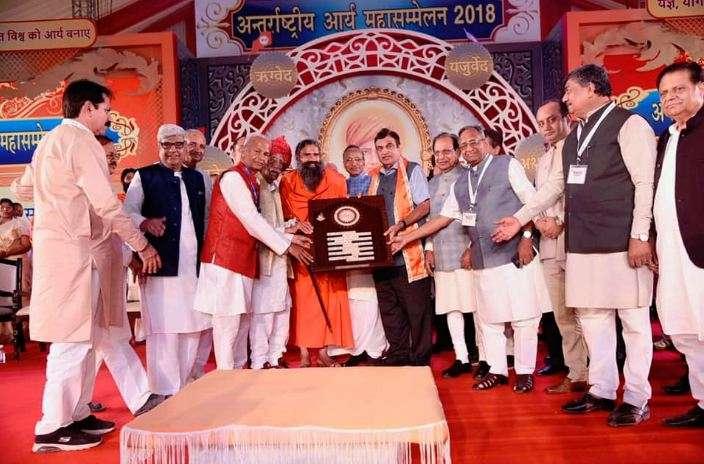 Clean Ganga by March 2019 says Nitin Gadkari- India TV