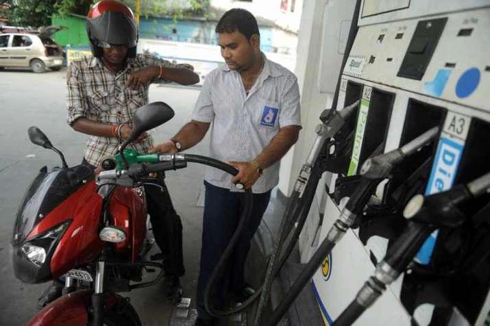 petrol filling- India TV Paisa