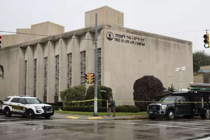 Pittsburgh synagogue shooting: Several killed and injured, suspect taken into custody | AP- India TV
