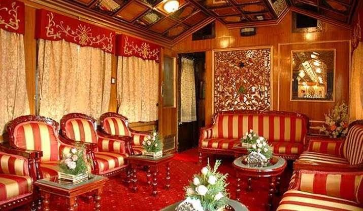 rail saloon- India TV Paisa