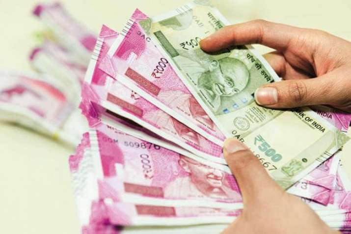 Rupee aginst dollar- India TV Paisa